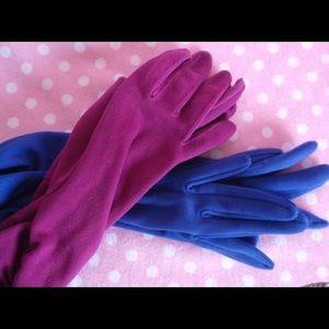 Two pair vintage gloves plum/blue